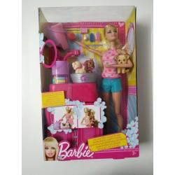Barbie baña a sus perritos NUEVO caja IMPECABLE